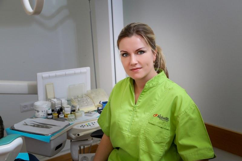 שיננית מקצועית - מרפאת שיניים בבת ים - ד